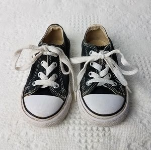 Converse Chuck Taylor Sneakers Kids Unisex Size 7